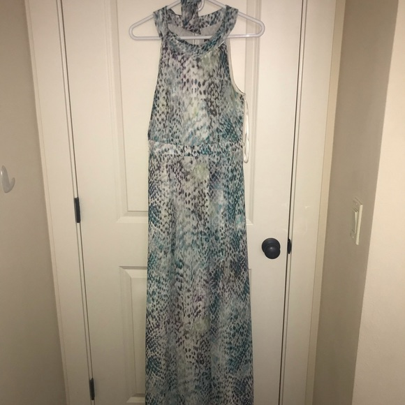 Vince Camuto Dresses & Skirts - Vince Camuto Colorful Maxi dress